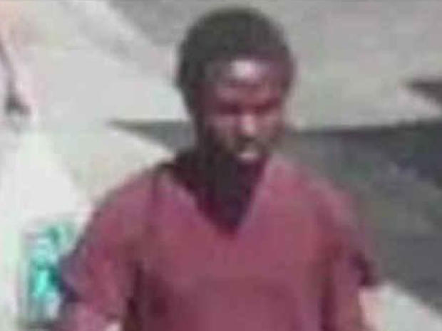 NYPD: Man charged with stabbing woman on street