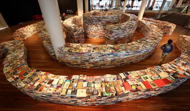 Artists create maze using 250,000 books