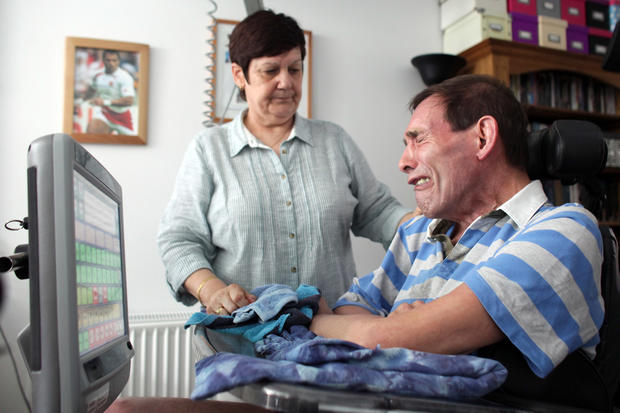 U.K. man denied euthanasia request dies at home