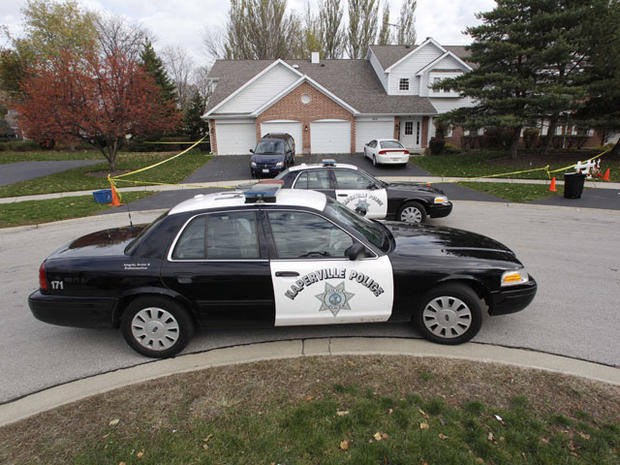 Cops: Ill. mom stabbed son 100 times, girl 50 times