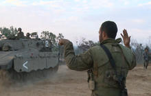 Israel, Hamas react to cease-fire deal