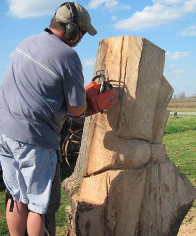 Chainsaw artist's wooden sculptures
