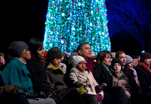 Obama lights National Christmas Tree
