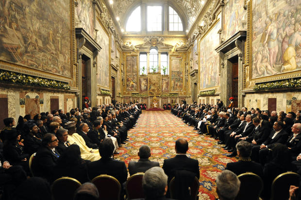 Pope gives 'state of the world' address