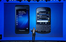 BlackBerry 10 phones unveiled
