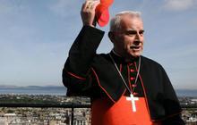 Britain's most senior cleric resigns