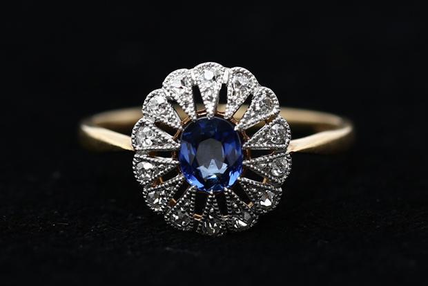 Titanic's jewels on display