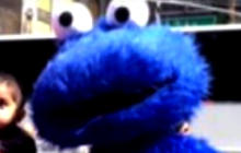 "NYC Cookie Monster ""lookalike"" accused of shoving toddler"