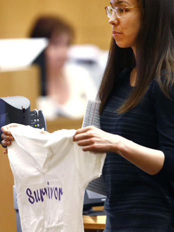 Jodi Arias pleads with jurors for a life sentence