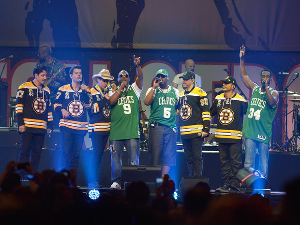 """""""Boston Strong"""" benefit concert"""