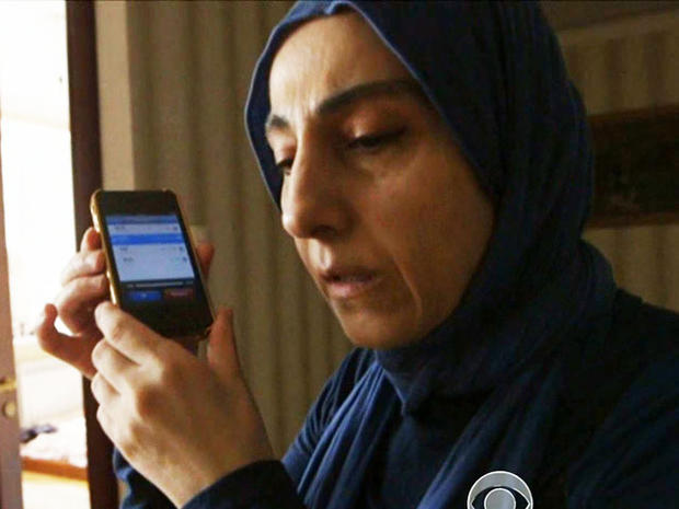Zubeidat Tsarnaeva为记者播放了一段录音电话。
