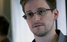FBI working to find NSA leaker Snowden