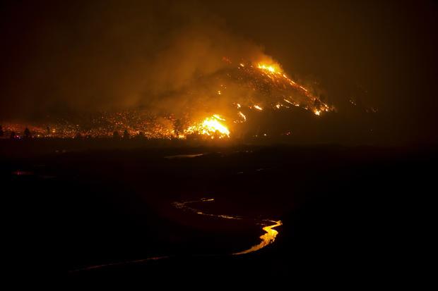 Wildfire blazes through Idaho
