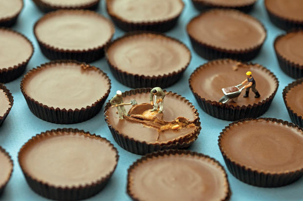 """Edible art: Photos from Christopher Boffoli's """"Big Appetites"""""""