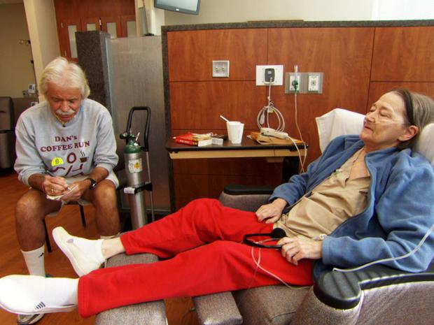 丹接受了病人的命令。