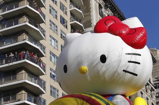 Macy's Thanksgiving Day Parade balloons take flight