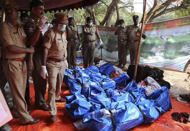India_bodies_AP403692475558.jpg