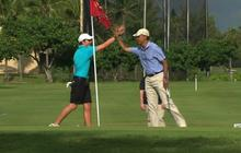 "Obama golfs in Hawaii: ""Should have chipped it after all"""
