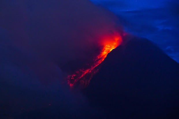 Indonesian volcano continues to spew