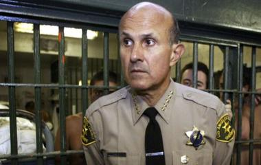 L.A. Sheriff Baca retires amid federal investigations