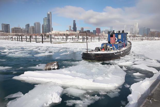 Snow and arctic temps sweep U.S.