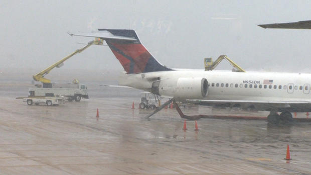 flight-delays-deicing.jpg