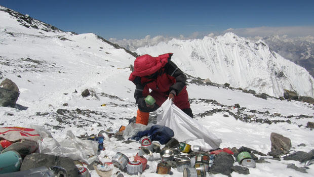 everest-trash-two.jpg