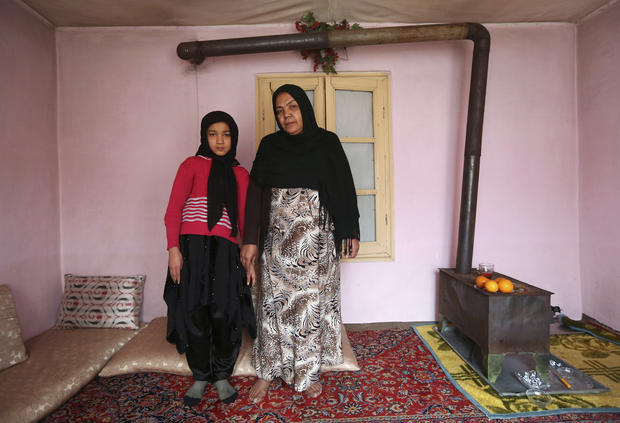 Mothers and daughters around the world