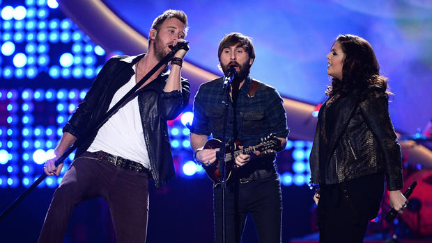 Lady antebellum stevie nicks and more added to acms bill for Lady antebellum miscarriage how far along