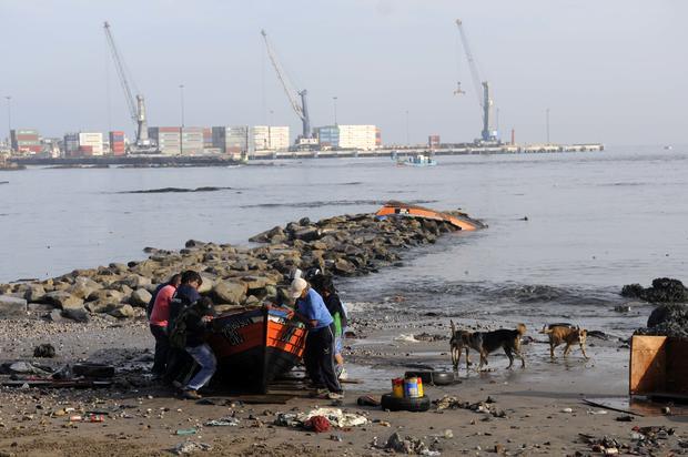 Chile earthquake triggers tsunami