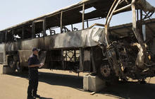 Calif. bus crash: Investigators probe FedEx driver's cell phone, medical records