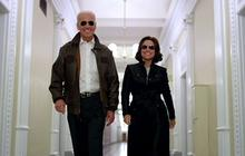 "Vice President Joe Biden meets ""Veep"" Selina Meyer"