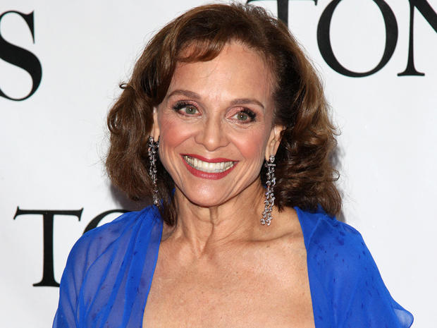 Valerie Harper - Lung cancer - Celebrities with chronic health ...