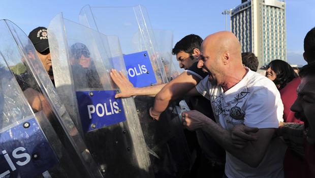 turkeymineprotest.jpg