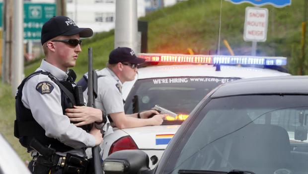 canada-cops.jpg