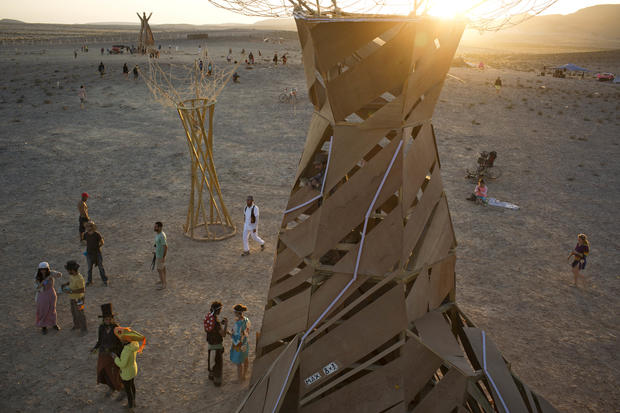 "Middle East's ""Burning Man"""
