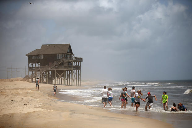 North Carolina - Hurricane Arthur - Pictures - CBS News