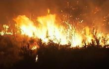 Wildfire blazes in Washington state
