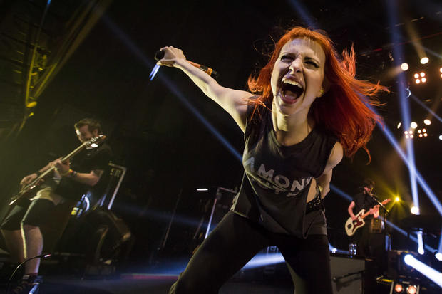 paramore-live-at-the-enmore-theatre-sydney-117.jpg