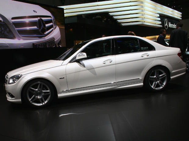 Midsize cars mercedes benz c class 2005 through 2008 for Mercedes benz average price