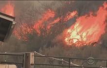 Wildfire plows through Washington