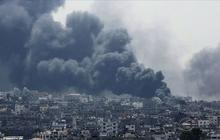 Deadly day in Gaza as Israel steps up ground offensive