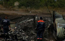 Outrage over compromised Malaysia Airlines crash site