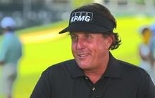 Phil Mickelson doles out golf tips for fellow lefty President Obama
