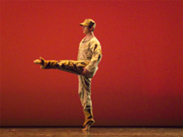 科林 - 马纳萨斯 - 芭蕾244.jpg