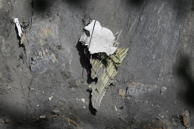 Germanwings: Search for clues
