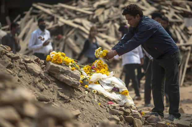 Deadly aftershock rocks Nepal