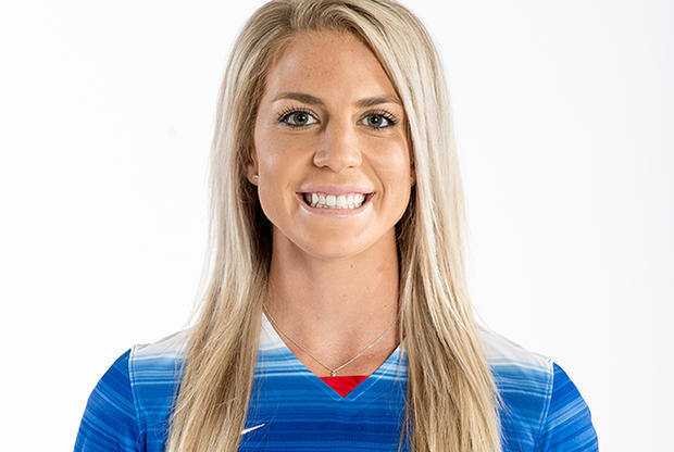 Julie Johnston age