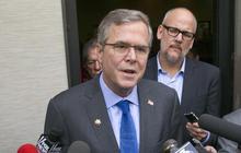 2016 hopefuls avoid presidential announcement to raise cash
