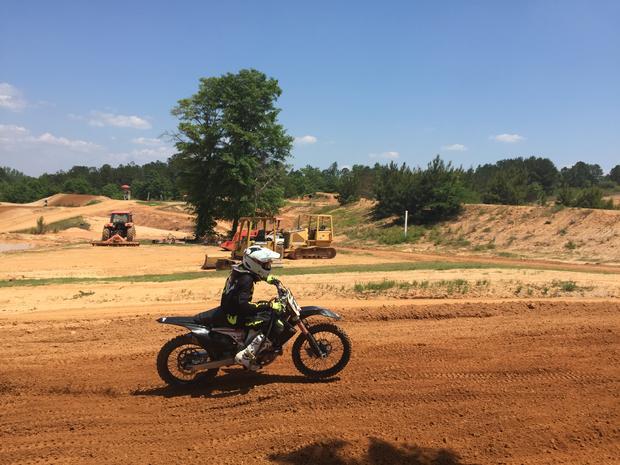摩托车越野赛,2.JPG
